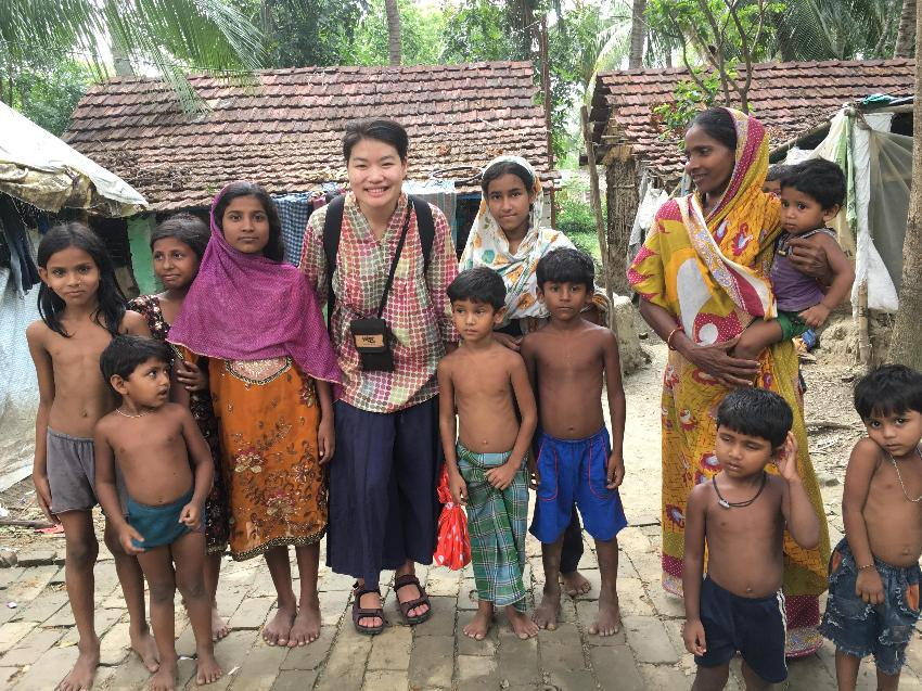 PhD student Nataya Branjerdporn working with communities in India on LEAP-CP
